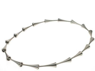 pion-collier-titanium